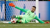 Daniel Subasic menggagalkan penalti Denmark (AP Photo/Efrem Lukatsky)