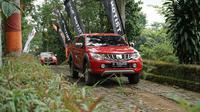 Mitsubishi Latih Pengguna Triton Berkendara Offroad Dengan Benar (foto: PT MMKSI)