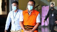 Mantan Menteri Kelautan dan Perikanan, Edhy Prabowo usai menjalani pemeriksaan lanjutan di Gedung KPK Jakarta, Senin (4/1/2021). Sebelumnya, Edhy ditangkap dan ditahan KPK sebagai tersangka suap penetapan calon eksportir benih lobster pada Rabu (25/11/2020) lalu (Liputan6.com/Helmi Fithriansyah)