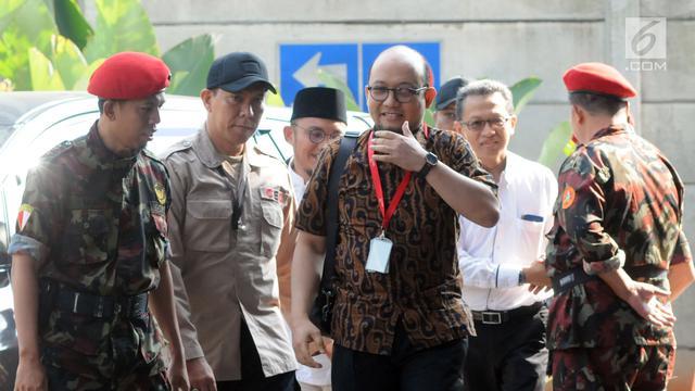 Kembali Ngantor, Novel Baswedan Disambut Aktivis dan Pegawai KPK