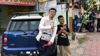 dr. Tirta dan Gilang, bocah tukang parkir yang viral (Sumber: Instagram/dr.tirta)