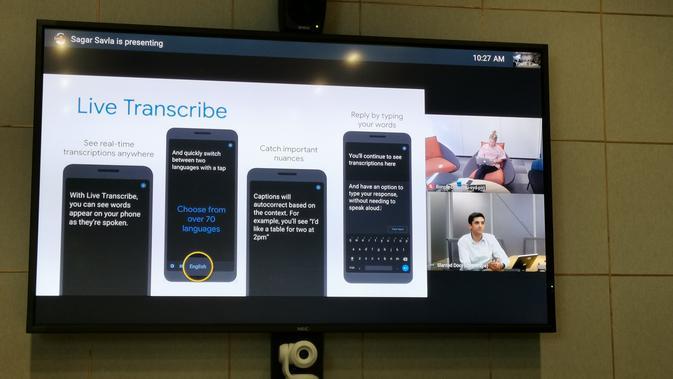 Presentasi apliaksi Live Transcribe (Foto: Andina Librianty / Liputan6.com)