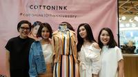 CottonInk dalam perayaan ulang tahunnya yang kesepuluh meluncurkan koleksi busana khas Dian Sastro, Raisa, Isyana, dan Vanesha Priscillia, penasaran?