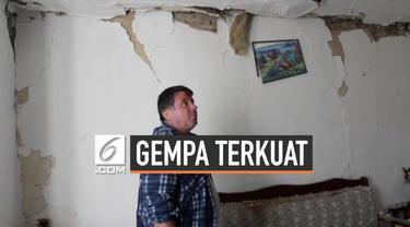 Gempa magnitudo 5,6 mengguncang 35 kilometer Ibu Kota Albania, Tirana. Gempa yang terjadi merupakan gempa terkuat di Albania selama 30 tahun terakhir.