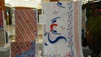 Kain gendongan batik bermotif burung phoenix yang dirancang Iwet Ramadhan. (Liputan6.com/Dinny Mutiah)