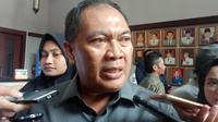 Wali Kota Bandung Oded M. Danial menanggapi budidaya maggot di Bandung. (Liputan6.com/Huyogo Simbolon)