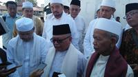 Reaksi Kiai dan Ulama se-Banten soal pembakaran bendera HTI (Liputan6.com/Yandhi Deslatama)