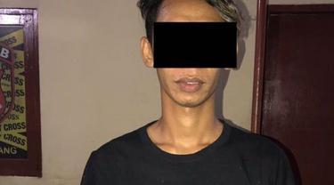 Sakit hati, bapak muda di Makassar sebar foto bugil mantan pacarnya ke facebook (Humas Polrestabes Makassar)
