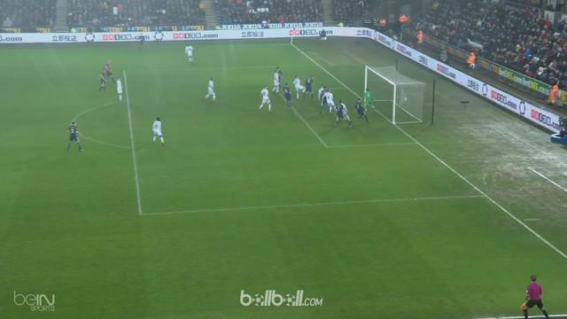 Berita video highlights Premier League antara Swansea Vs Tottenham Hotspur 0-2. This video is presented by Ballball.