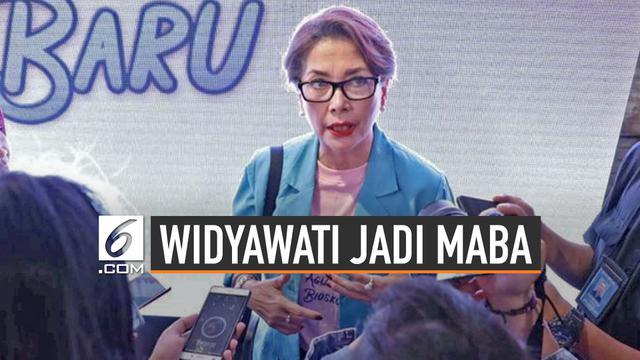 Aksi Aktris Kawakan Widyawati Jadi Mahasiswi Baru