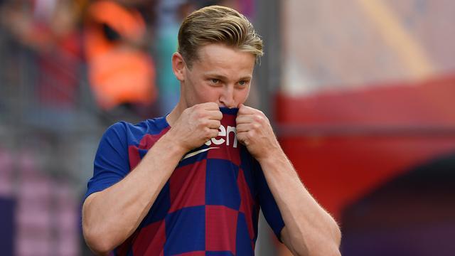 Senyum Semringah Frenkie de Jong Jadi Pemain Baru Barcelona