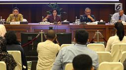 Menteri Keuangan Sri Mulyani saat konferensi pers APBN KiTa Edisi Feb 2019 di Jakarta, Rabu (20/2). APBN 2019, penerimaan negara tumbuh 6,2 persen dan belanja negara tumbuh 10,3 persen. (Liputan6.com/Angga Yuniar)