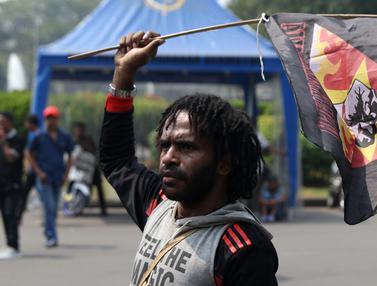 Peringati 49 Tahun Pepera, Pemuda Papua Berunjuk Rasa di Depan Istana