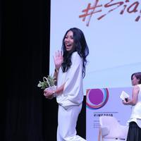 Simak cara Anggun C. Sasmi bisa Go International (Foto: Fimela.com)