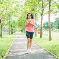 Punya sahabat yang hobi menjalankan gaya hidup sehat? Ini ide hadiah menarik buat mereka. ©Shutterstock