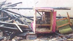 Citizen6, Garut: Sebuah peristiwa kebakaran terjadi di Kampung Kebon Kalapa Rt.02/01, Desa Malangbong, Kabupaten Garut, Jawa Barat pada, Sabtu (3/9). (Pengirim: Dede Dian Iskandar)