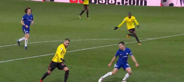 Berita video gol mengesankan Eden Hazard pada laga Watford vs Chelsea dengan skor 4-1 di Premier League 2017-2018. This video presented by BallBall.