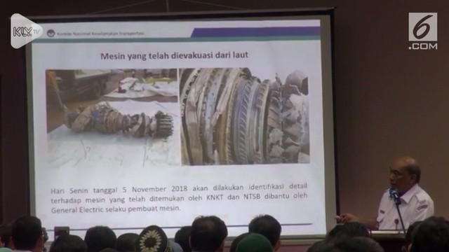 Peristiwa jatuhnya pesawat Lion Air JT 610 di perairan Karawang masih mengundang tanda tanya besar. KNKT ungkap hasil investigasi sementara mengenai kondisi pesawat saat menghantam laut.
