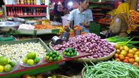 Pasrah Pedagang Rempah di Gorontalo Menanti Pasokan Cabai dan Bawang Merah (Arfandi Ibrahim/Liputan6.com)