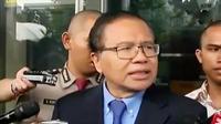 Rizal Ramli diperiksa KPK terkait kasus bantuan likuiditas Bank Indonesia (BLBI). (Liputan 6 SCTV)