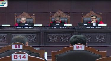 Dalam agenda persidangan, beberapa pemohon menyampaikan aspirasinya kepada hakim.