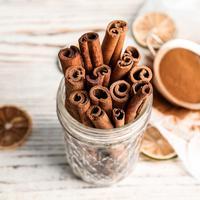 ilustrasi kayu manis/copyright Shutterstock