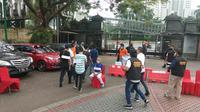 Polisi menggelar prarekonstruksi kasus penyaniayaan dan penyerangan yang dilakukan John Kei dan kelompoknya. (foto: istimewa)