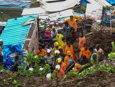 FOTO: Tanah Longsor Akibat Hujan Lebat Tewaskan 18 Orang di Mumbai