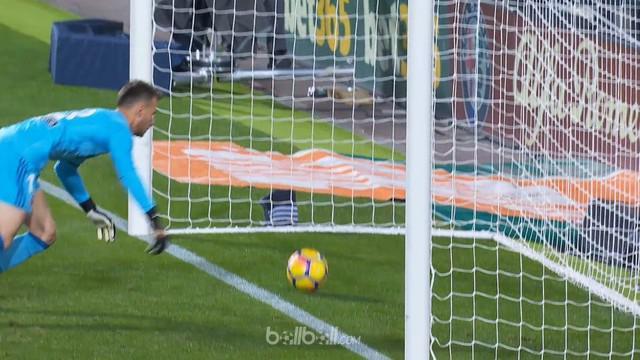 Barcelona gagal meraih poin penuh setelah imbang 1-1 melawan Valencia, Senin (27/11/2017) dinihari WIB. This video is presented by Ballball.