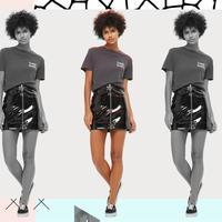 Tampil daring for party weekend ini dengan Vinyl skirt. (Image: topshop.com. DI: Muhammad Iqbal Nurfajri)