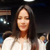 Tara Basro punya kecantikan yang misterius