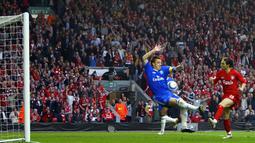 Luis Garcia berada di peringkat kelima dalam daftar pencetak gol terbanyak Liverpool di Liga Champions. Pemain asal Spanyol ini mencetak 10 gol di kompetisi elit Eropa bersama The Reds. (Foto: AFP/Adrian Dennis)
