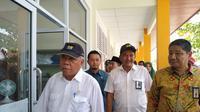 Menteri Pekerjaan Umum dan Perumahan Rakyat (PUPR) Basuki Hadimuljono melakukan peninjauan di Madrasah Tsanawiyah Negeri (MTsN) 3 Pekanbaru, Riau (dok: Athika)