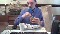 Cuma Makan Fast Food, Pria Ini Hasilkan Rp 23,6 Juta Sebulan