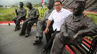 "Wakil Ketua DPR RI Fadli Zon meresmikan patung ""The Founding Fathers"" (Pendiri Republik) karya pematung terkemuka Bambang Win"