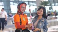 Hari kasih sayang atau Valentine di Bandara Internasional Soekarno-Hatta, Tangerang, berlangsung meriah.