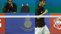 Tunggal putra Indonesia Firman Abdul Kholik lolos ke babak kedua Thailand Masters 2016. (Liputan6.com/Humas PP PBSI)