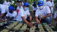 Transplantasi Terumbu Karang Di Pantai Carita, Kabupaten Pandeglang, Banten. (Rabu, 21/10/22). (Dokumentasi Pertamina MOR III)