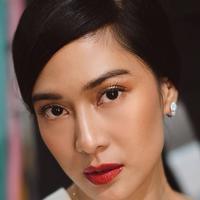 Makeup Dian Sastro