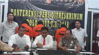 Aparat Direktorat Reserse Kriminal Umum Kepolisian  Daerah Nusa Tenggara Timur (NTT), berhasil membekuk tiga orang polisi  gadungan.