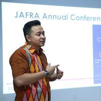 M Adri Rinaldi, Marketing Manager PT Jafra Cosmetics Indonesia. (via: Adrian Putra/Bintang.com)