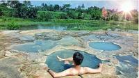 Tempat pemandian air panas di Gunung Peyek Bogor. (foto: Instagram @infobogorterbaru