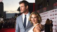 Chris Hemsworth dan istri, Elsa Pataky (People)