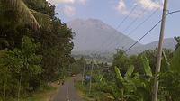 Perjalanan menuju Gunung Rinjani di Pulau Lombok. (Liputan6.com/Sunariyah)