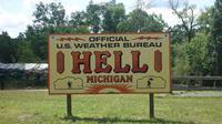 (Foto: All Thats Interesting) Sebuah tempat di Michigan diberi nama Hell atau neraka.