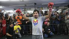 Pacquiao sedang berlatih di Wild Card Boxing, Los Angeles. (AP Photo/Jae C. Hong)
