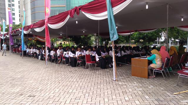 Peserta CPNS di Jakarta Barat. Dok: Tommy Kurnia/Liputan6.com