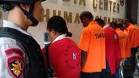 Masuk tanpa ijin, 7 warga Papua Nugini ditangkap. (Liputan6.com/Katharina Janur/Faisal)