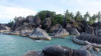 Wisata alam Alif Stone Park Natuna. (Dok. Instagram @alifstoneparknatuna /https://www.instagram.com/p/B5Zh_XPAYlv//Tri Ayu Lutfiani)