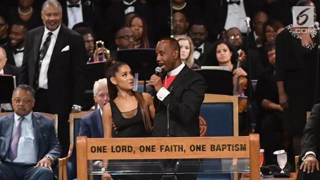 Pendeta Charles H. Ellis III meminta maaf setelah dugaan dirinya melecehkan Ariana Grande dalam upacara pemakaman Aretha Franklin.